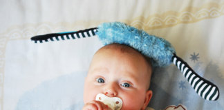Baby Pacifier – Advantages & Disadvantages of Using Pacifiers