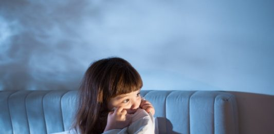 How Can I Help My Child To Overcome The Fear Of Darkness?